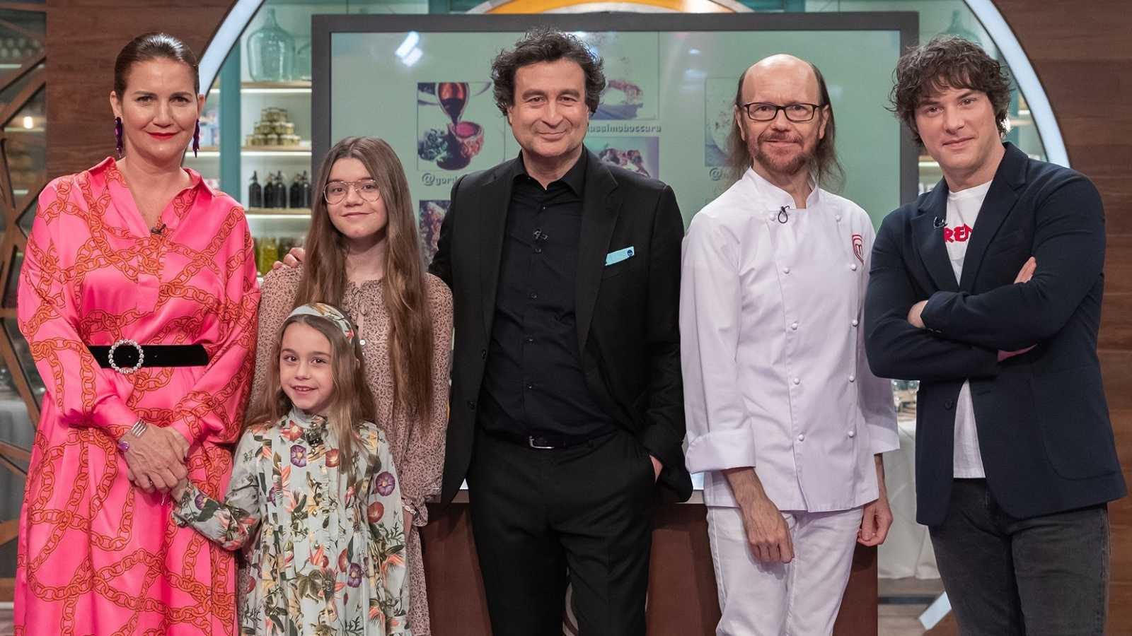 Santiago Segura y sus hijas en Masterchef