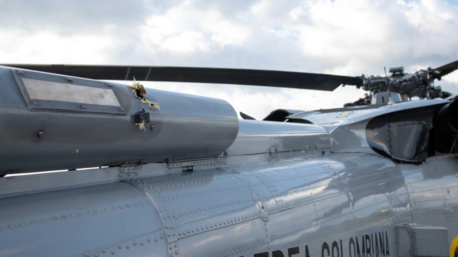 Atacan a tiros el helicóptero en el que viajaba el presidente de Colombia-  RTVE.es