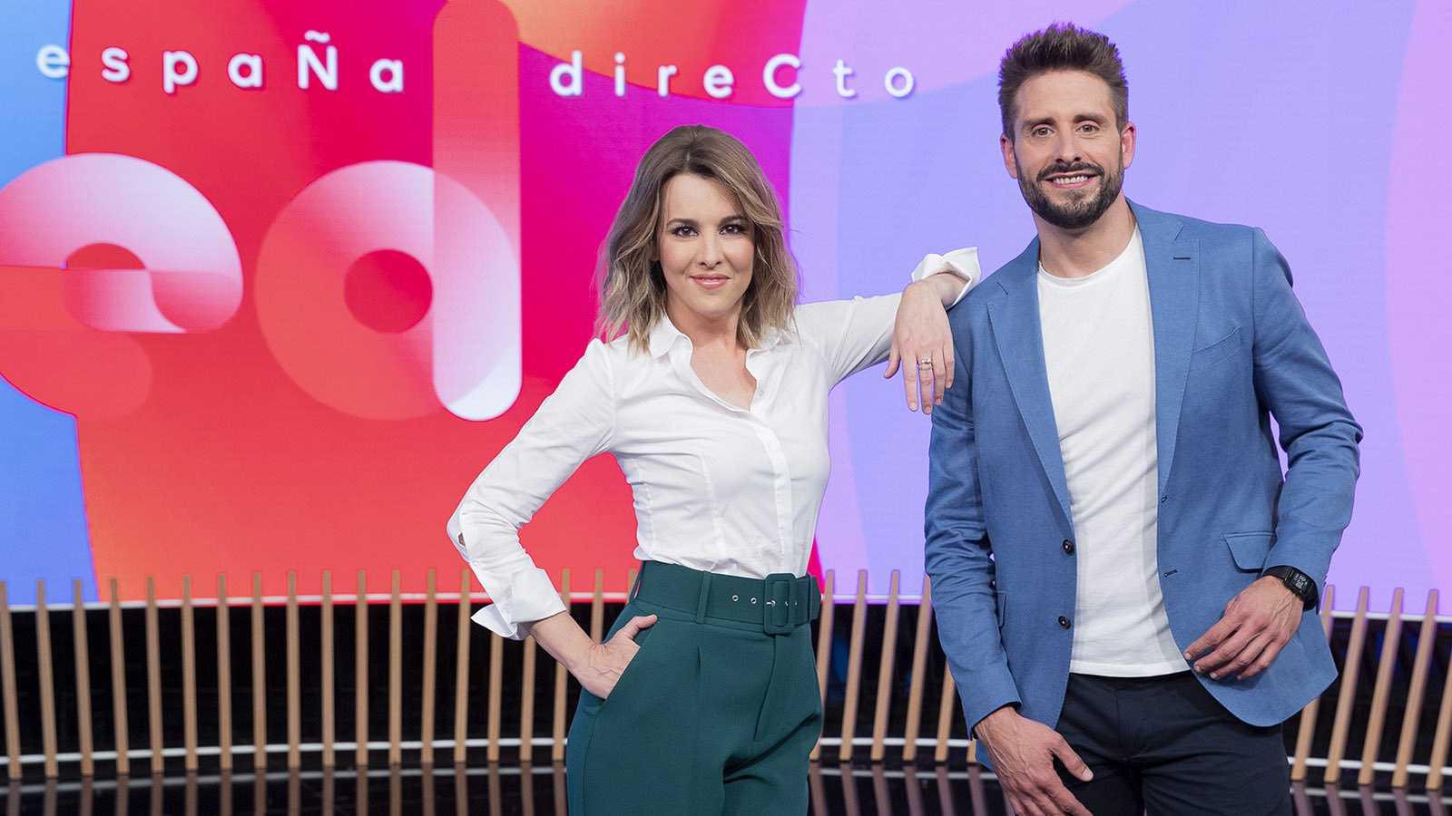 Ana Ibañez y Ángel Pons, presentadores de 'España directo'