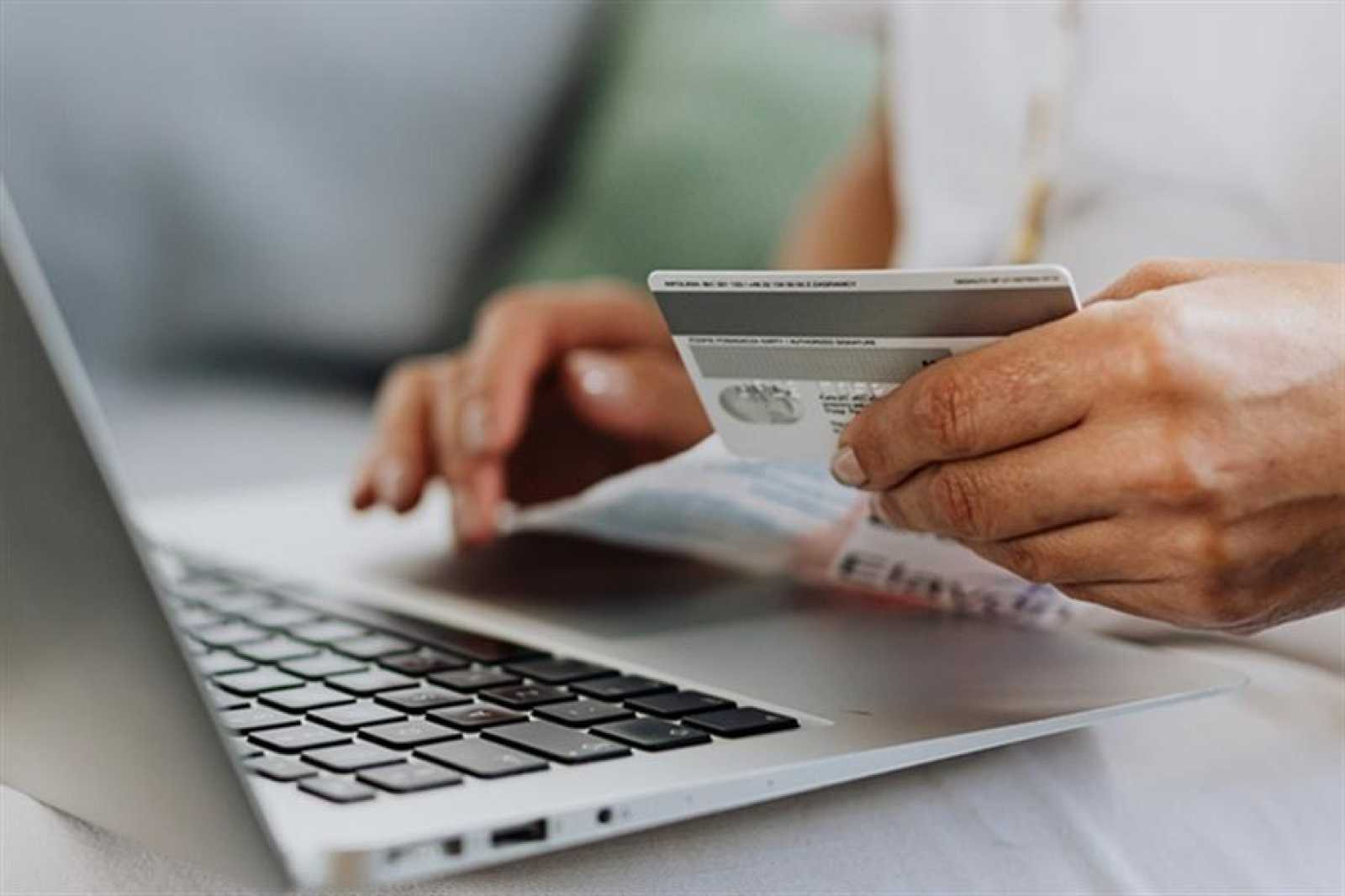 Permitirá a Consumo poder sancionar la publicidad encubierta o reseñas falsas