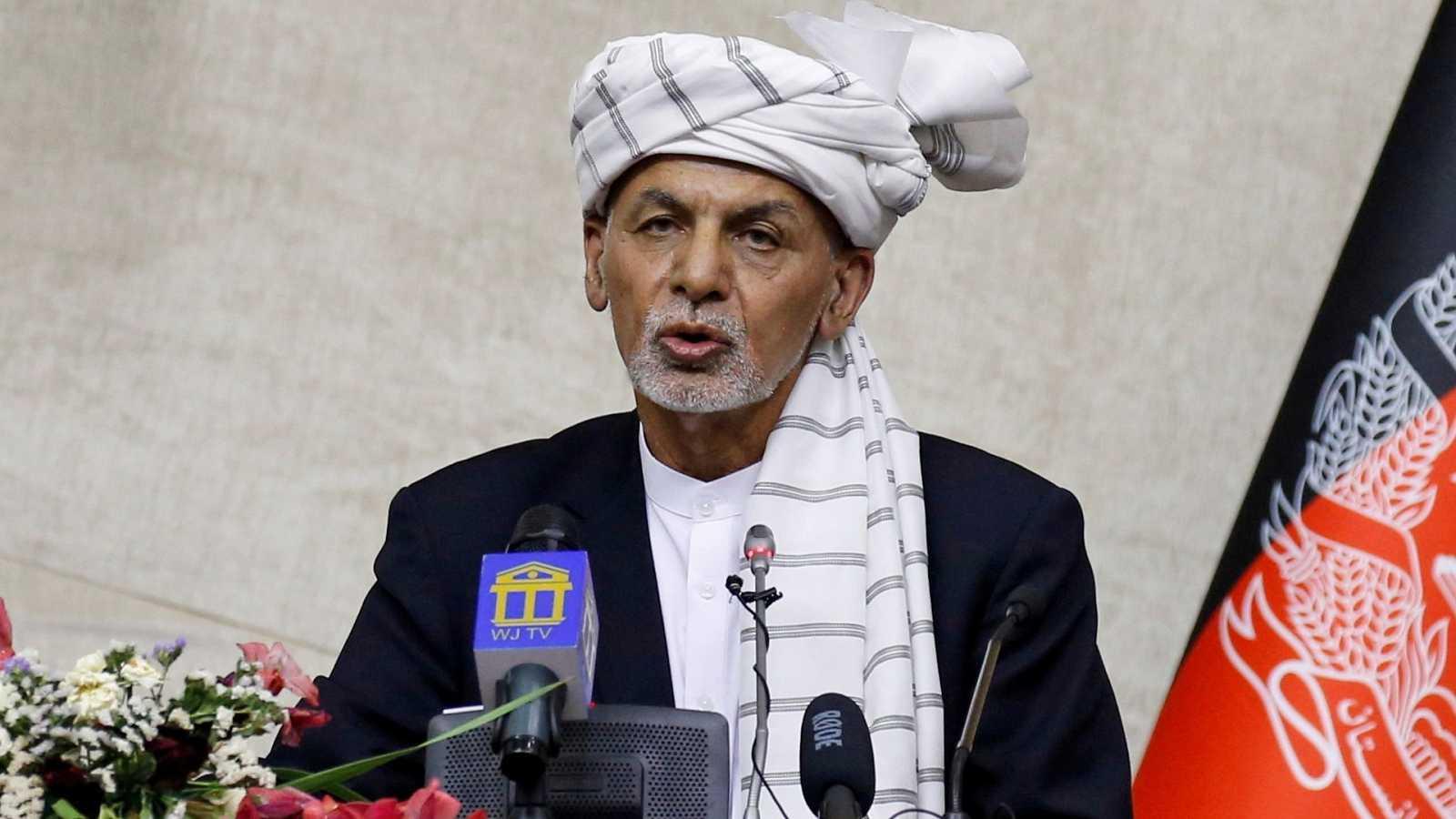 El presidente de Afganistán abandona el país ante el asedio talibán a Kabul