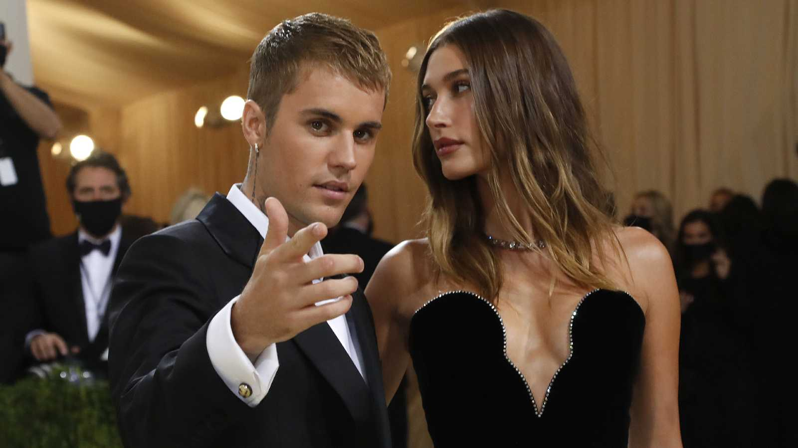 Hailey Bieber se pronuncia sobre los rumores de maltrato que recaen sobre Justin