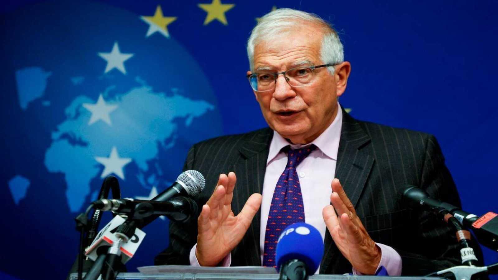El Alto Representante de la Unión Europea para Asuntos Exteriores y Política de Seguridad y Vicepresidente de la Unión Europea, Josep Borrell, habla durante una conferencia de prensa, tras la reunión de Ministros de Asuntos Exteriores de la UE, en Nu