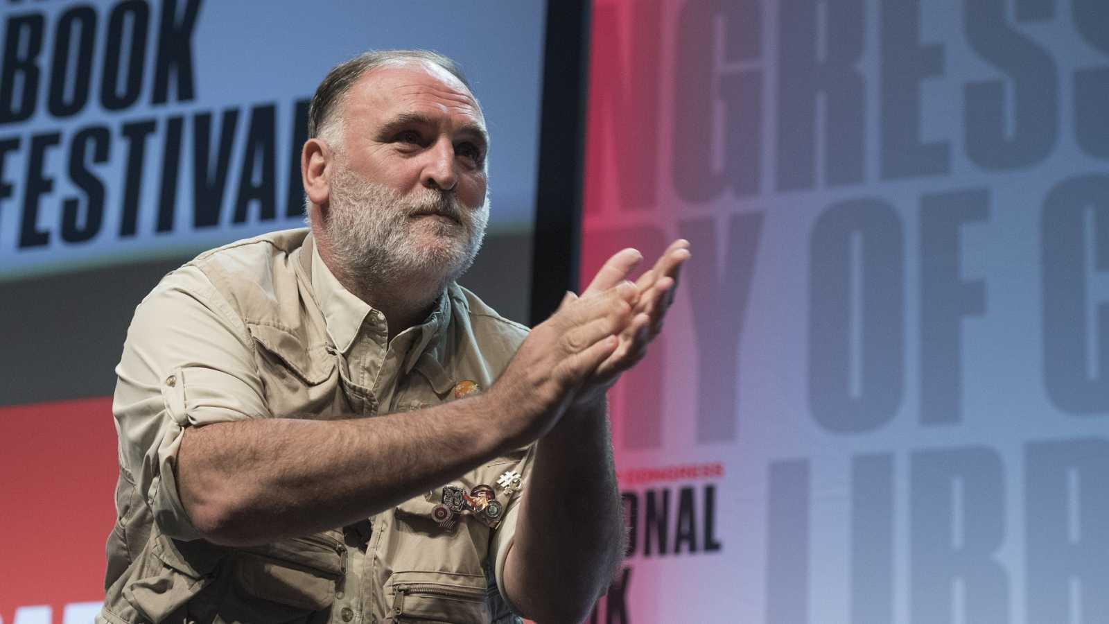 Imagen de José Andrés durante una conferencia