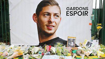 Detienen a un hombre por homicidio involuntario en el accidente de avión de Emiliano Sala