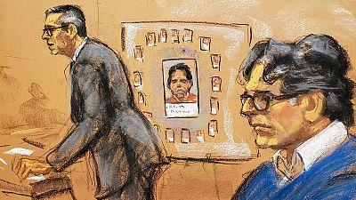 Dibujo del momento de los alegatos finales en el juicio contra el líder de la secta sexual 'Nxivm' Keith Raniere.