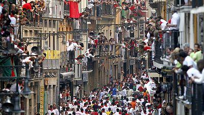 Encierros de Sanfermines a su paso por la calle Estafeta
