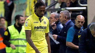 El portugués Rubén Semedo abandona el campo lesionado en un partido con el Villarreal.