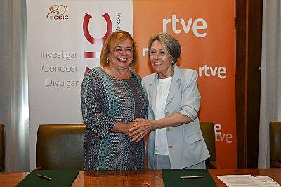 Rosa Maria Mateo y Rosa Menéndez