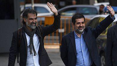 Imagen de archivo del dirigente de Omnium Cultural Jordi Cuixart (i) junto al expresidente de la ANC, Jordi Sànchez.