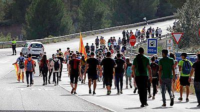 La jornada de huelga general en Cataluña comienza con cortes de carretera