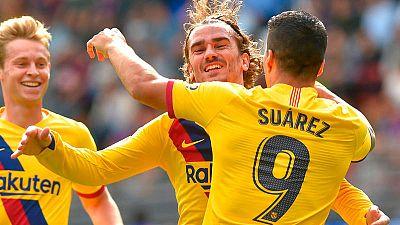 Messi, Suárez y De Jong celebran el primer gol