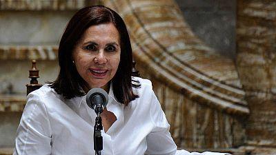 La canciller interina de Bolivia, Karen Longaric, durante una rueda de prensa