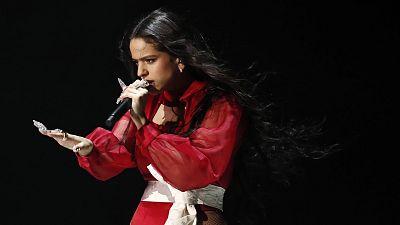 Rosalía en su actuación en los Grammy Latinos 2019