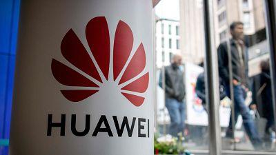 El gigante chino Huawei verá limitado su protagonismo en la implantación de la red 5G en Reino Unido.
