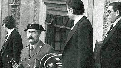Imagen tomada por Manuel Hernández de León en la que Tejero mira a los ojos al autor de la fotografía.