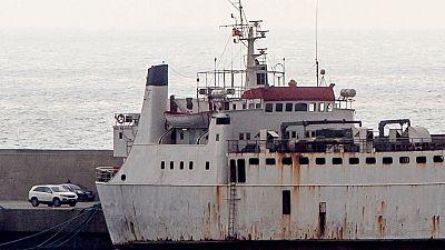 El buque Karim Allah, con una carga de 895 terneros atracado en el puerto de Escombreras en Cartagena.
