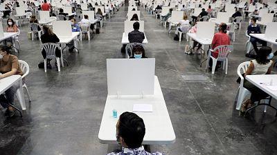 Vista de un examen de oferta pública de empleo celebrado en la Comunidad Valenciana en 2020.