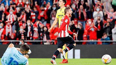Iker Muniain celebra el primer tanto del Athletic ante el Villarreal.