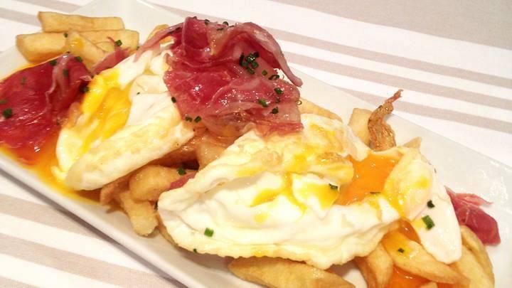 Receta de huevos rotos con jamon ibérico