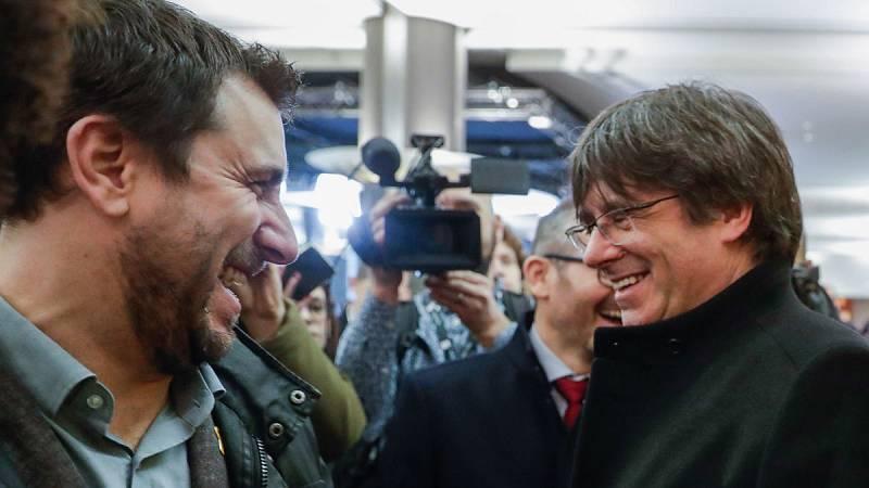 Puigdemont y Comín retiran la petición para ingresar en los verdes