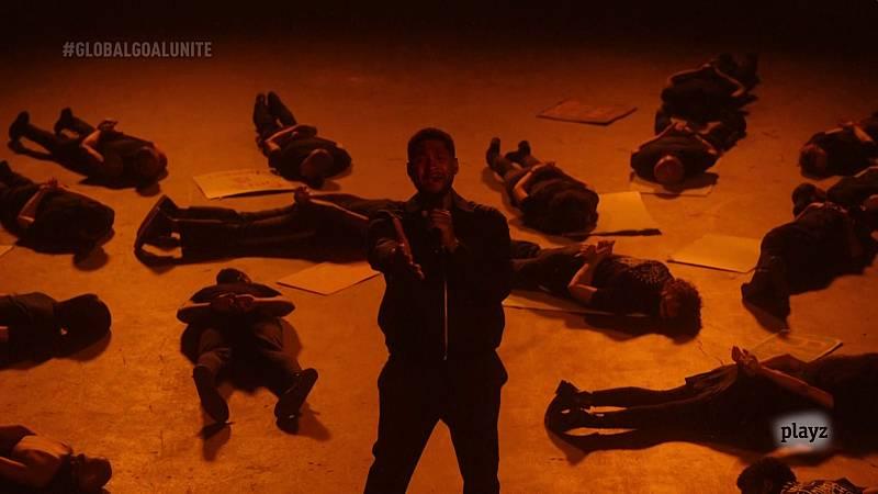 El impactante final de la actuación de Usher.