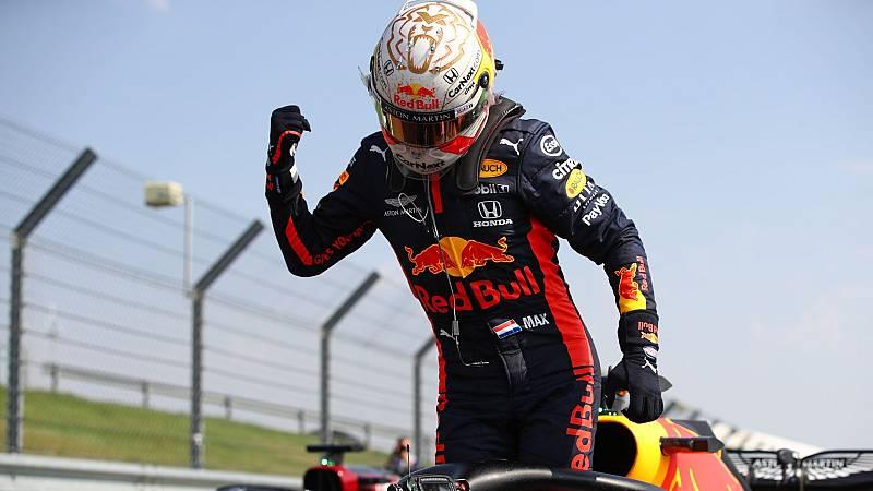 El piloto de Red Bull, Max Verstappen celebra la victoria en el GP 70º Aniversario
