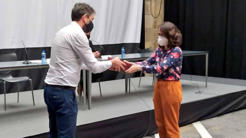 Radio 3 recibe en la Feria del Libro de Gijón el Premio por su apoyo a la Cultura