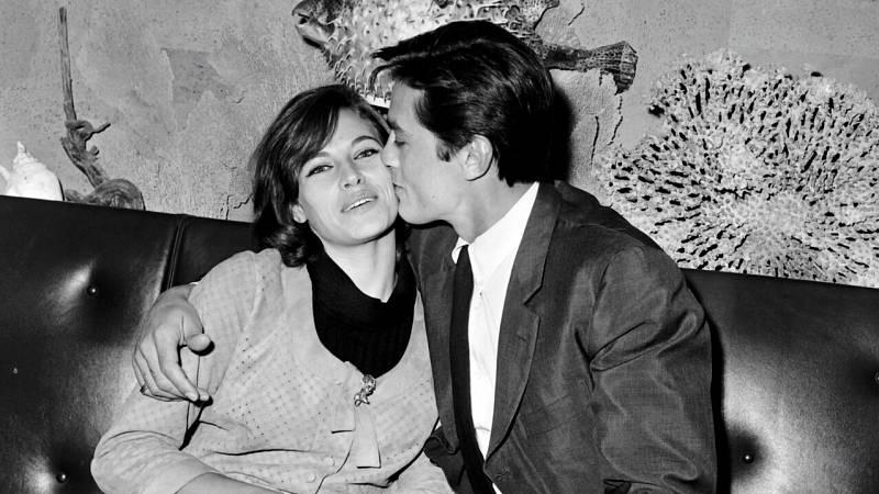 Nathalie Delon, junto a su expareja el también actor Alain Delon.