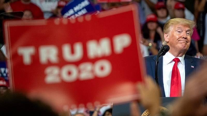Imagen de archivo de Donald Trump durante un mitin de la campaña electoral en Orlando, Florida. EFE/EPA/CRISTOBAL HERRERA
