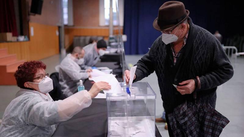 Las elecciones catalanas, en imágenes