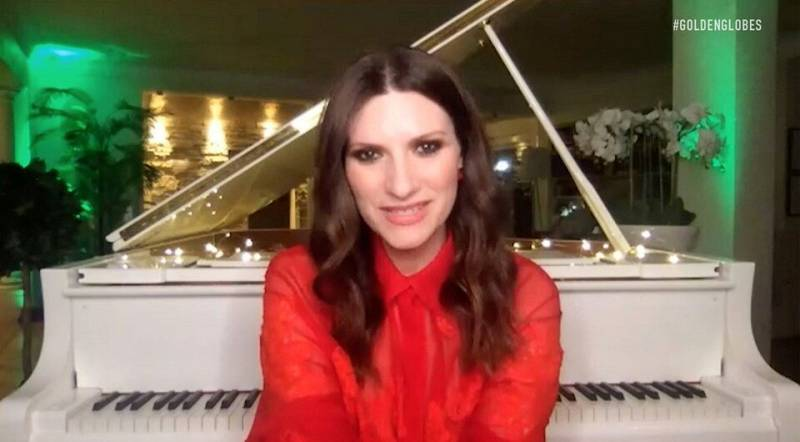 """Laura Pausini, winner of Best Original Song - Motion Picture for """"Io Si (Seen)"""" from """"The Life Ahead,"""" is seen in this handout screen grab from the 78th Annual Golden Globe Awards in Beverly Hills"""