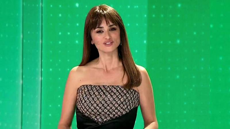 Penélope Cruz viste de Chanel