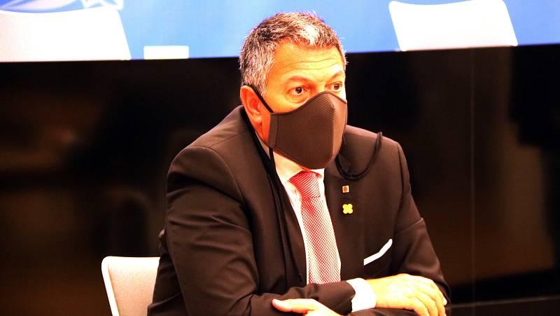 El conseller d'Interior, Miquel Sàmper, ha escoltat les queixes dels empresaris de les Terres de l'Ebre