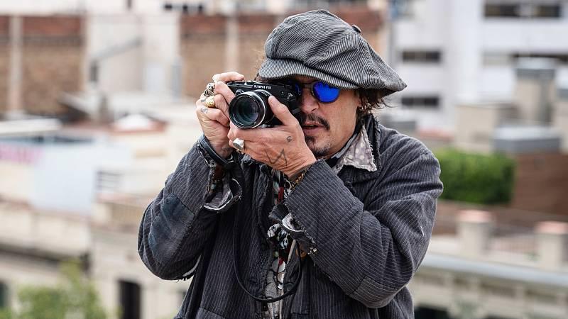 Johnny Depp, un 'fotógrafo' en Barcelona