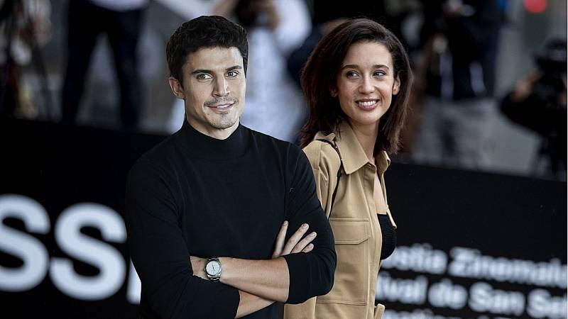 Álex González y María Pedraza