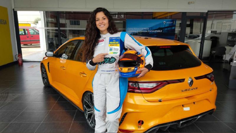 Lydia Sempere una piloto sorda en el Campeonato de España de Turismos