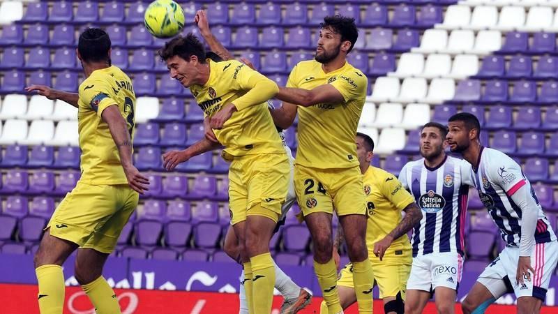 Un momento del partido Valladolid-Villarreal.