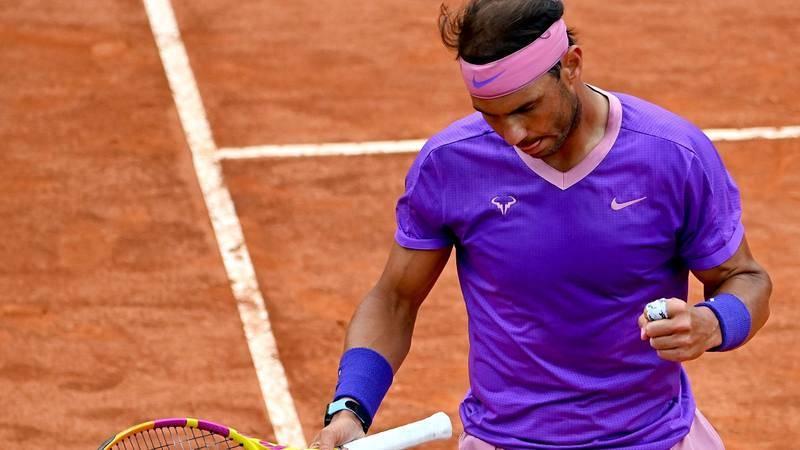 Rafa Nadal celebra un punto en su partido de cuartos de final en Roma ante Alexander Zverev.