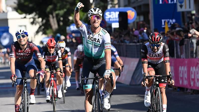 Peter Sagan remata el trabajo de BORA y gana en el 'sprint' de Foligno