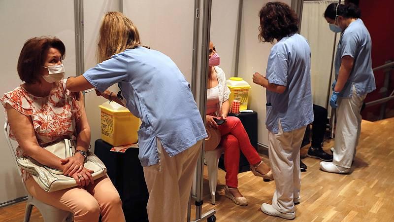 Una de cada cuatro personas en España ya ha recibido la pauta completa de vacunación