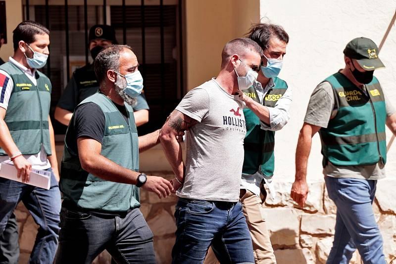 La Guardia Civil halla el cuerpo de una joven en la finca del detenido por la desaparición de Waffa