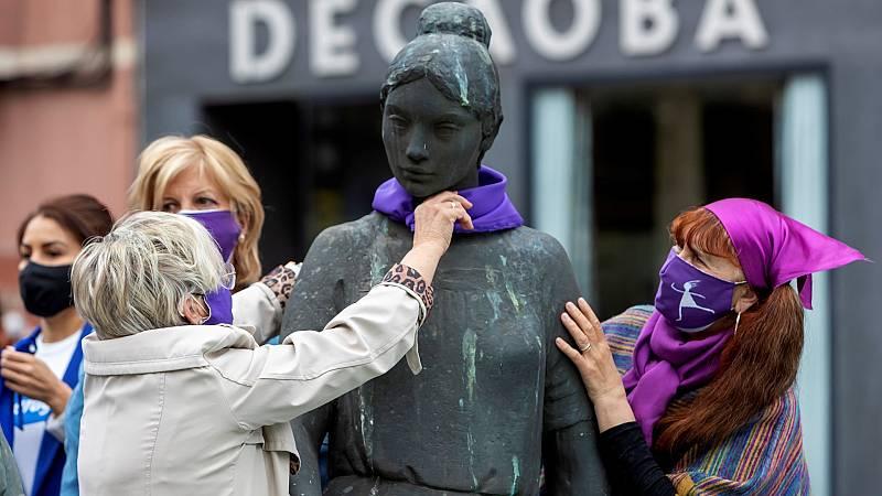 Imagen de archivo de una concentración derepulsa a la violencia de género organizada enZaragoza, en mayo de 2021.