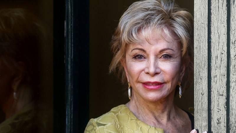 Celebramos el cumpleaños de la escritora Isabel Allende