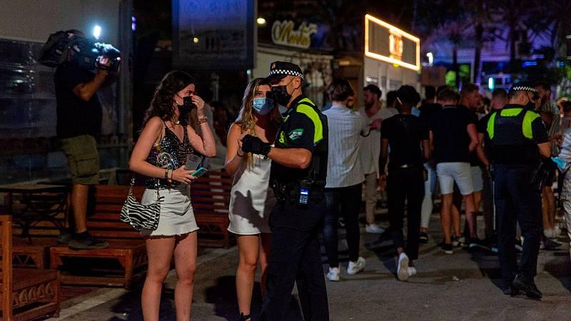Andalucía exigirá pasaporte COVID o test negativo para el ocio nocturno desde el 5 de agosto