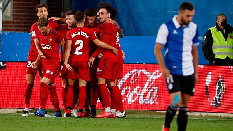 Los jugadores de Osasuna celebran el primer del equipo ante el Deportivo Alavés
