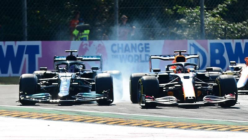 Hamilton y Verstappen en la carrera de Monza.