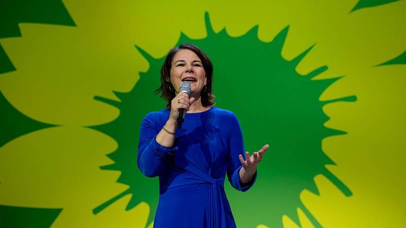 Annalena Baerbock, candidata de Los Verdes, tras conocer los primeros sondeos en las elecciones alemanas.
