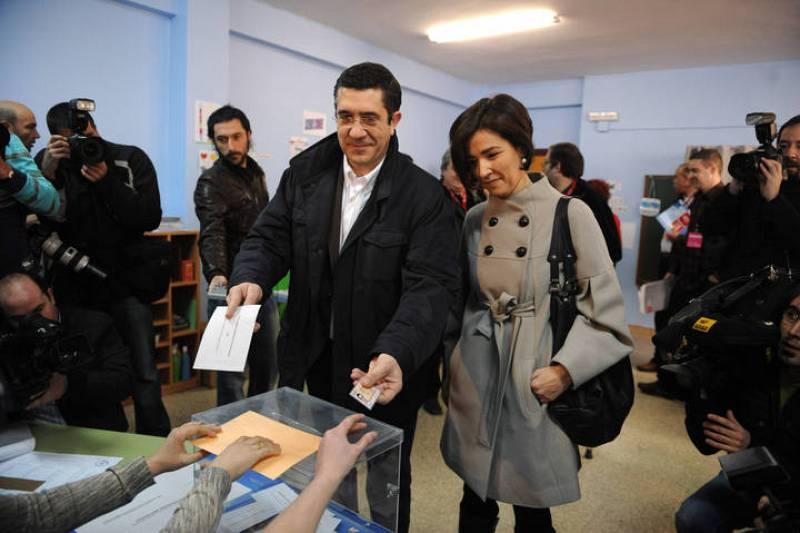 Basque Socialist Party leader Patxi Lopez votes in Basque parliament elections in Bilbao