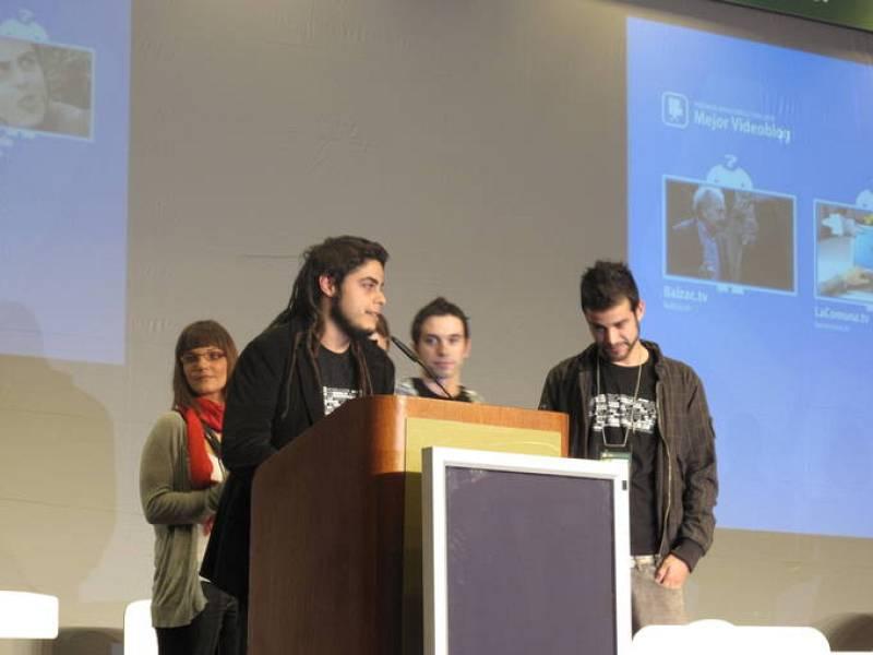 La serie en internet Malviviendo, se llevó el premio al mejor Videoblog